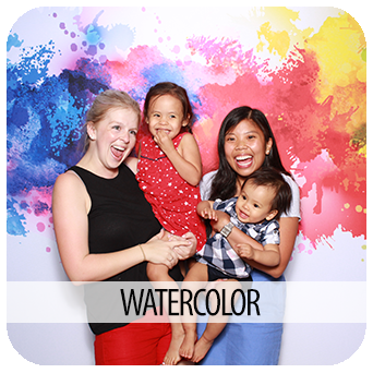 35-WATERCOLOR-PHOTO-BOOTH-RENTAL